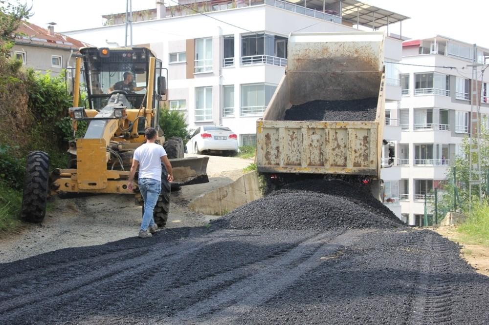 Giresun Belediyesi'in hedefi yıl sonuna kadar 25 bin ton asfalt sermek